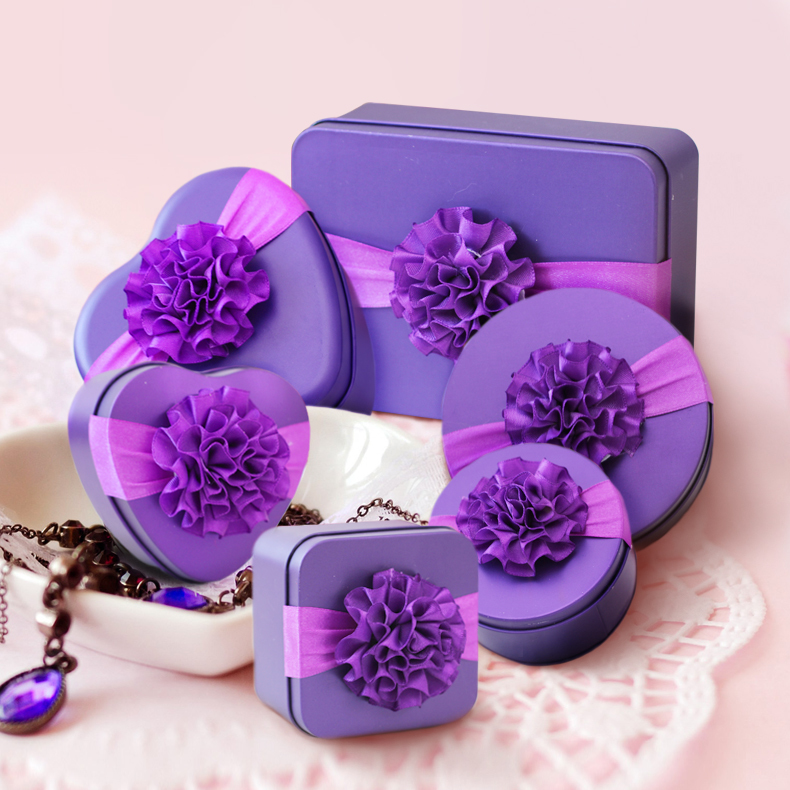 Heart Shaped Tin Box for Gift